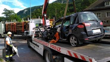 25.06.2020 Verkehrsunfall eingeklemmte Person